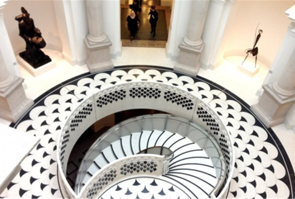 rotunda-staircase