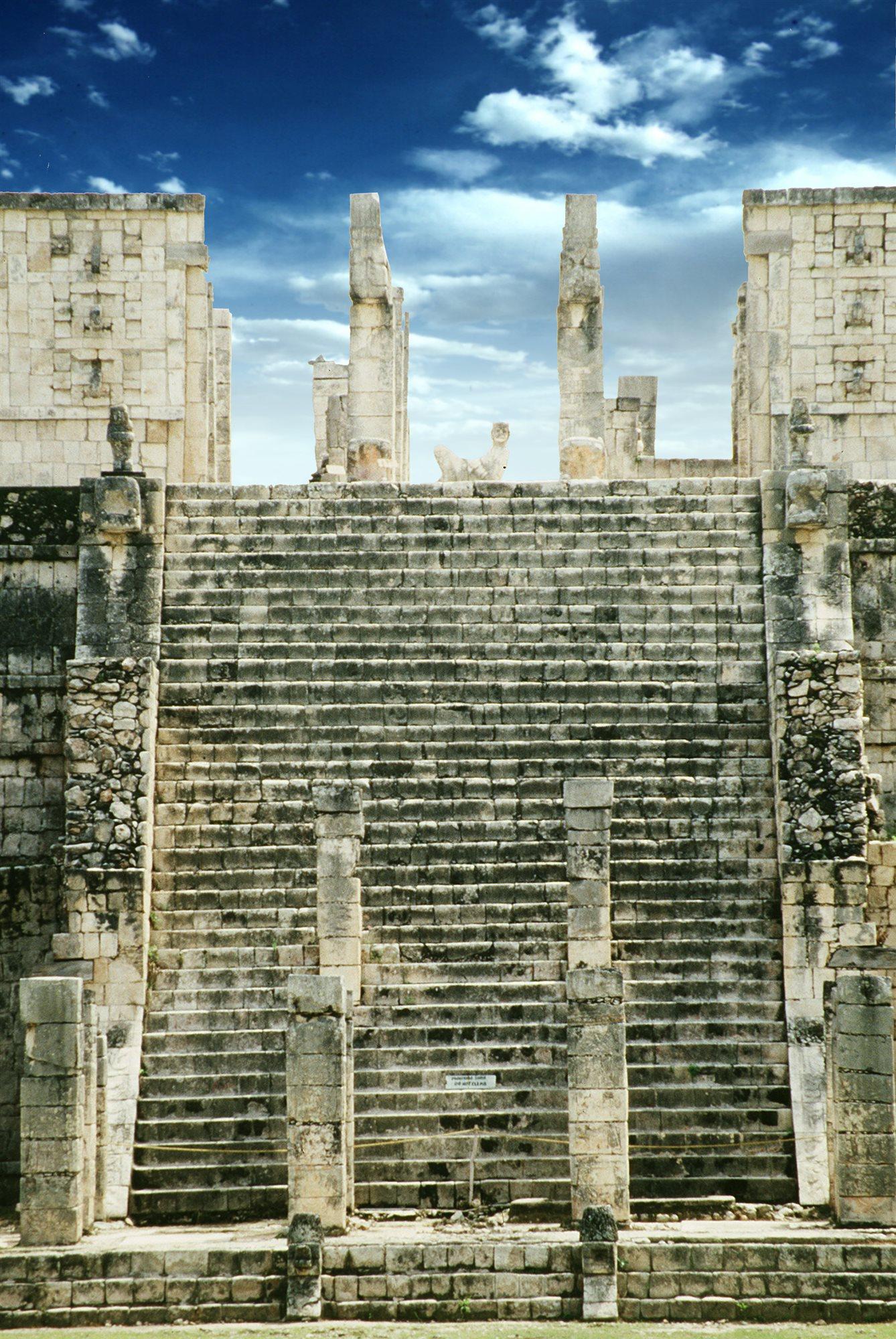 Chichen Itza  Templo Guerreros. Templo de los guerreros