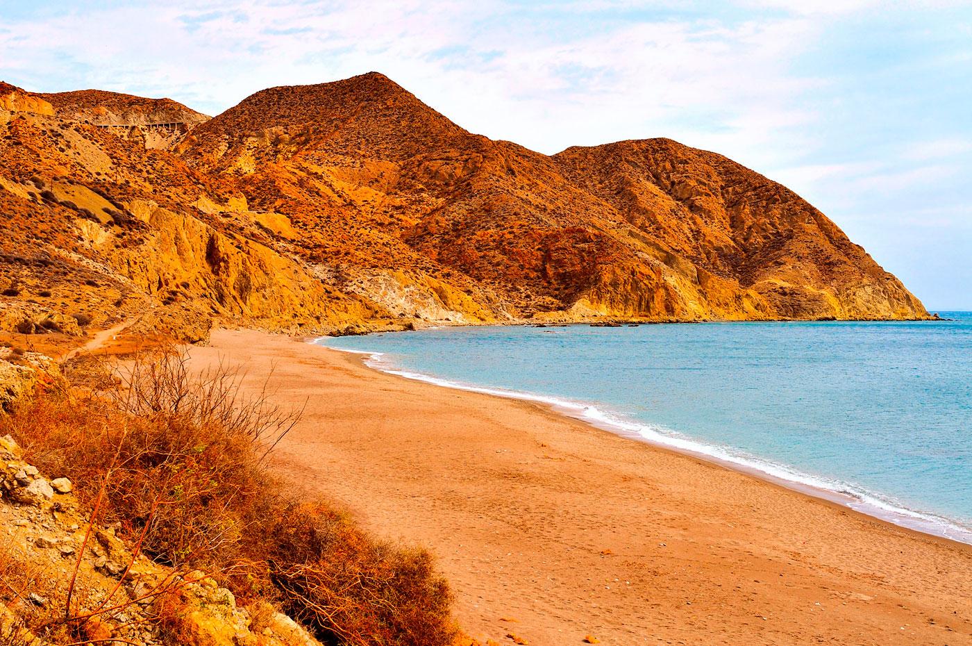 playa-algarrobico-almeria. El Algarrobico, Almería - Lawrence de Arabia
