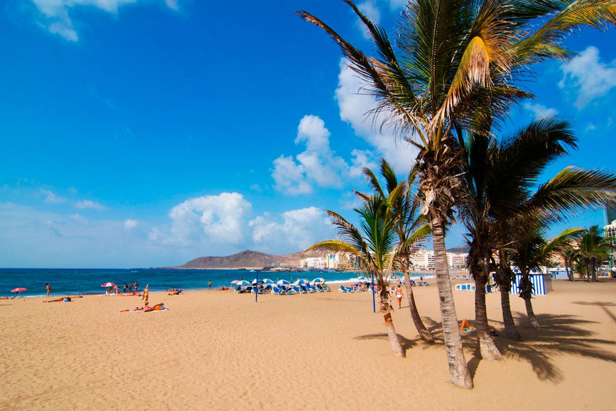 playa-las-canteras-canarias. Las Canteras, Gran Canaria - Moby dick