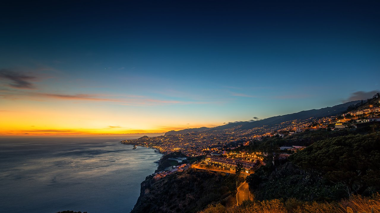 vistas-Funchal-sunset