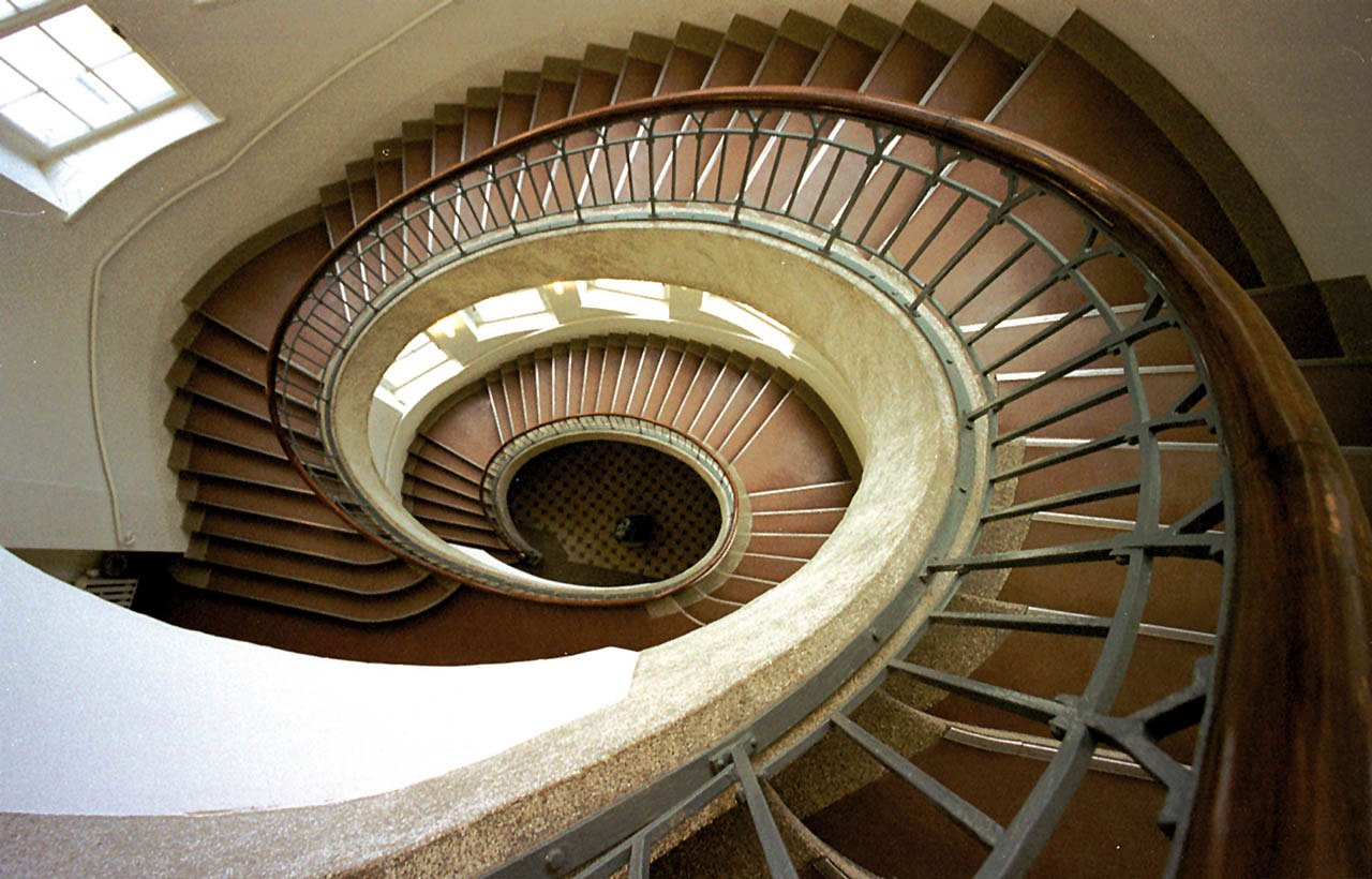 Escaleras de la Universidad Bauhaus