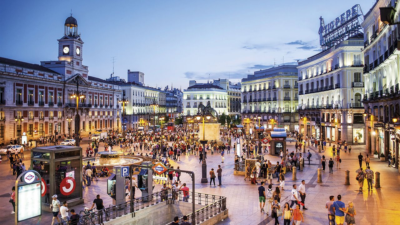 Puerta del Sol, Madrid. - National Geographic