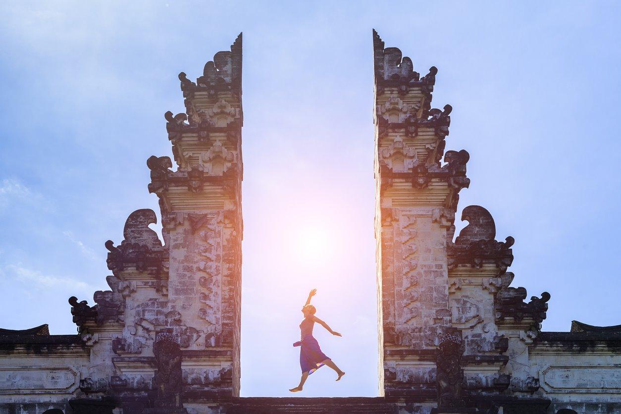 iStock-614843928. Puertas del cielo de Lempuyang, Bali