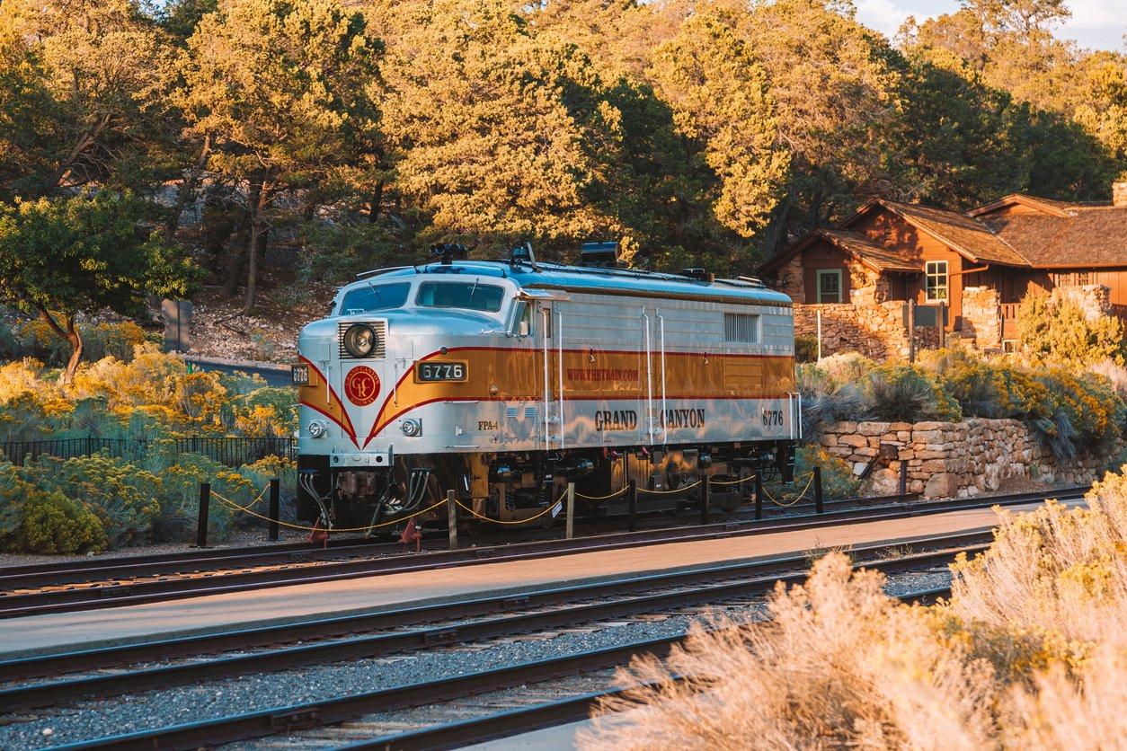 Un tren al cañón