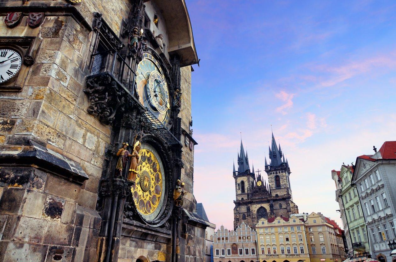 iStock-1085192544. La leyenda del reloj de Praga