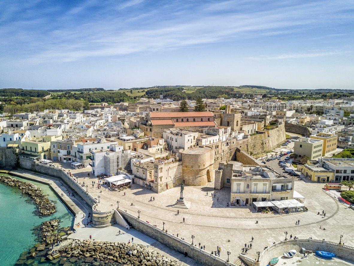 Y mientras tanto, Otranto