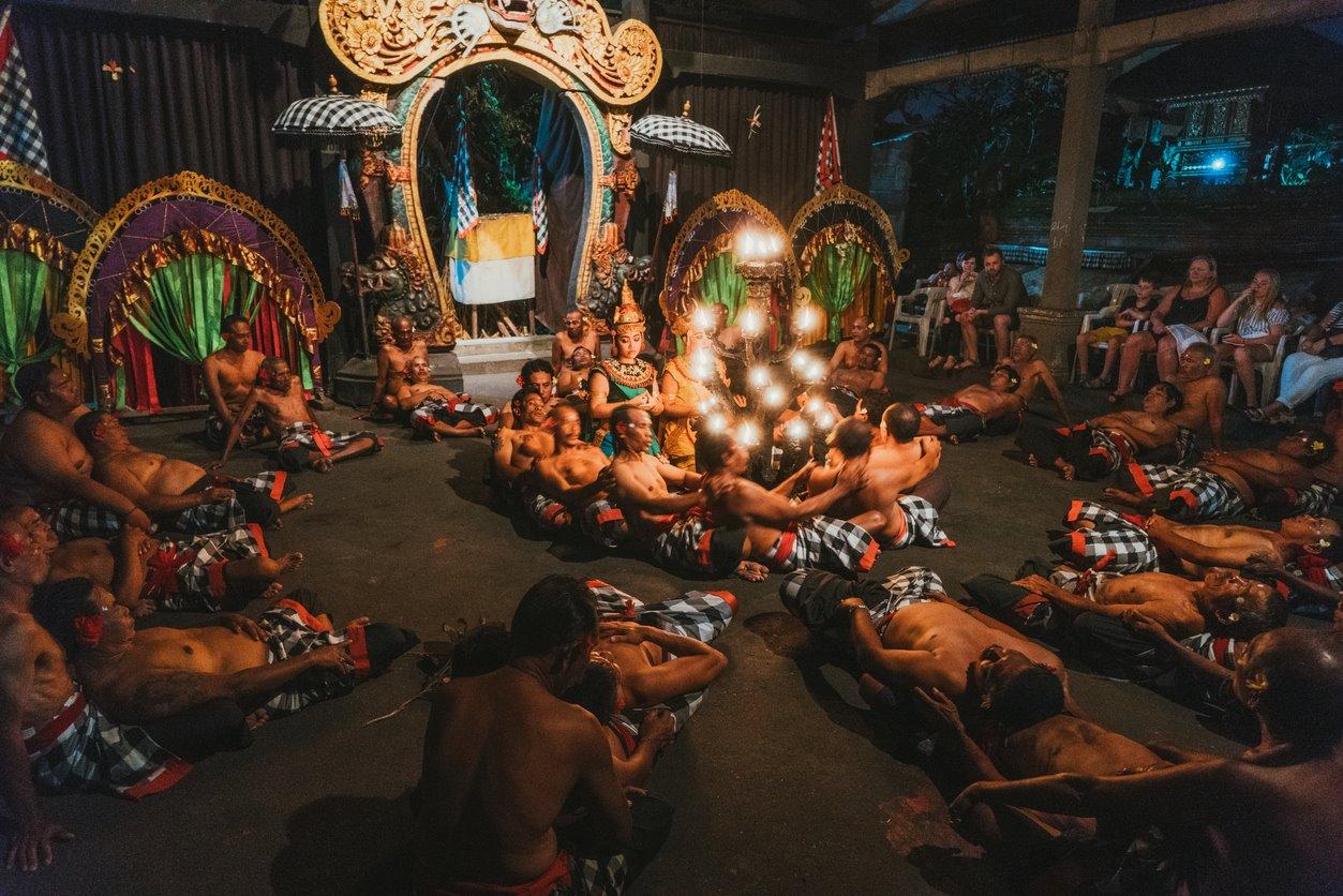La creatividad balinesa aviva la conciencia