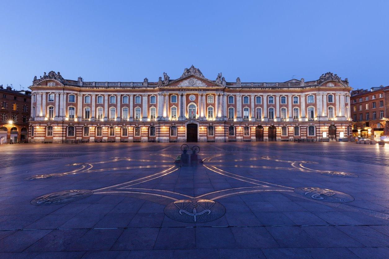 Por la plaza del Capitolio y sus curiosidades