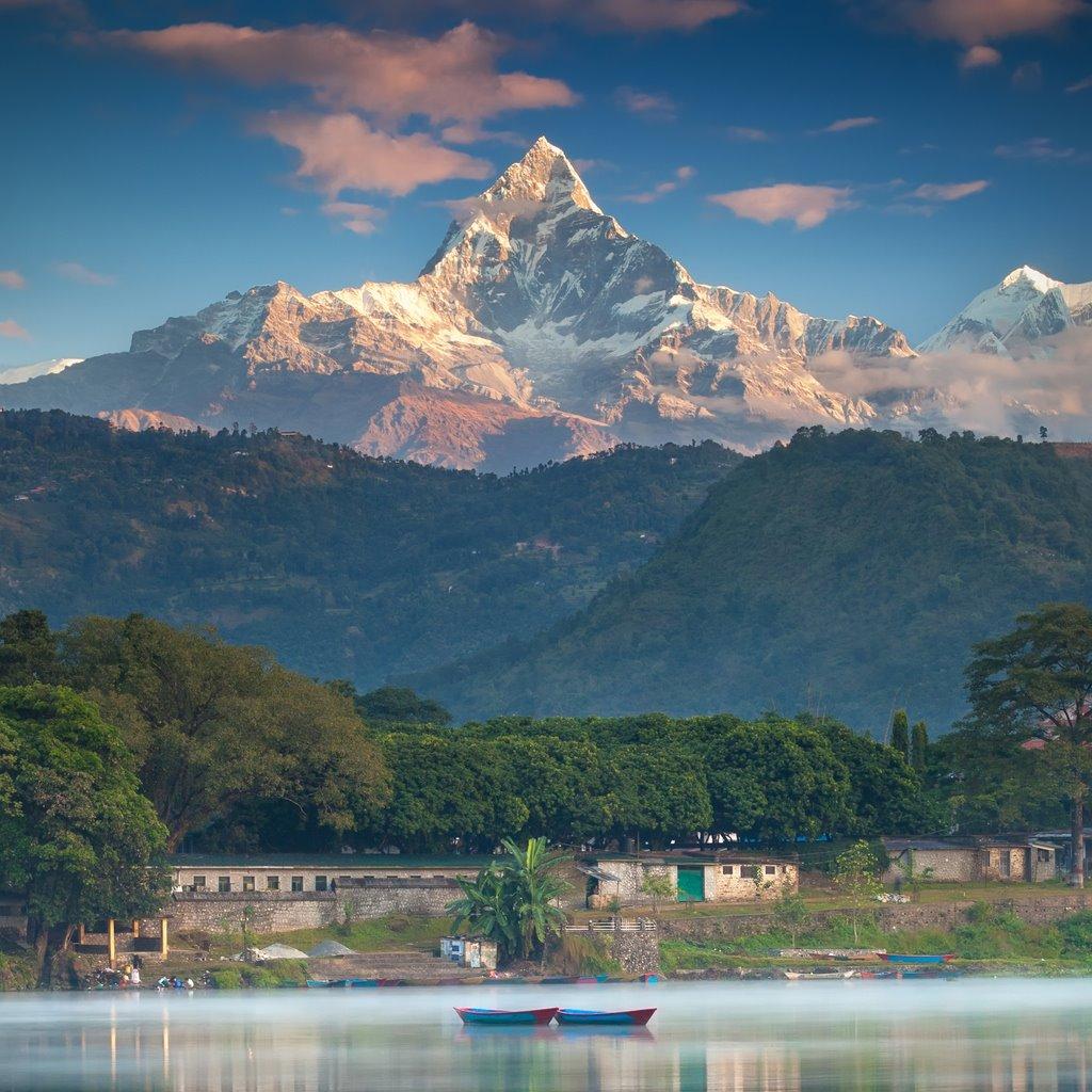iStock-487764186. En el #7: Pokhara y el Machapuchare