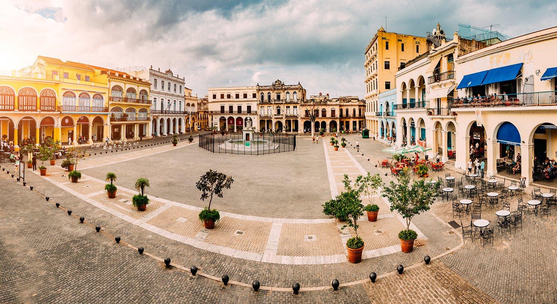 Plaza la Habana Vieja-plazas y plazas