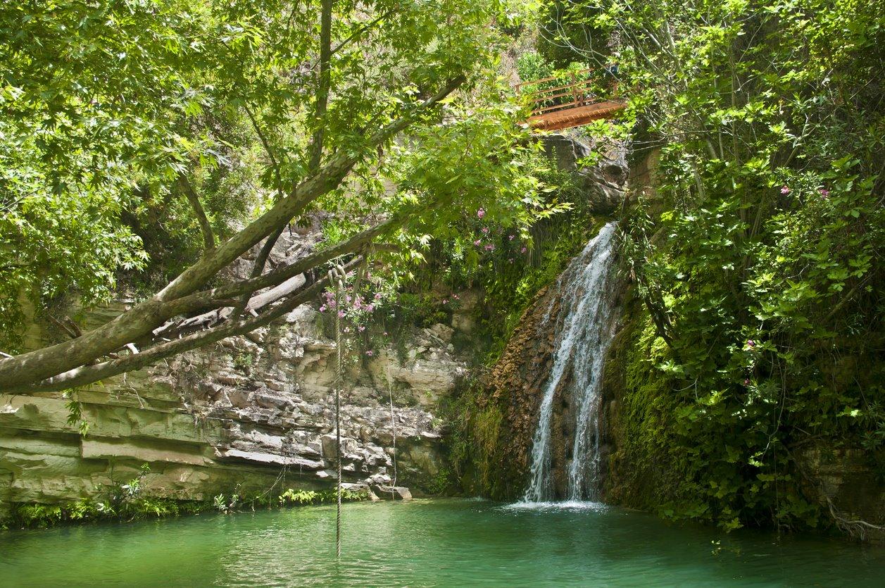 Baños. Chipre también es verde