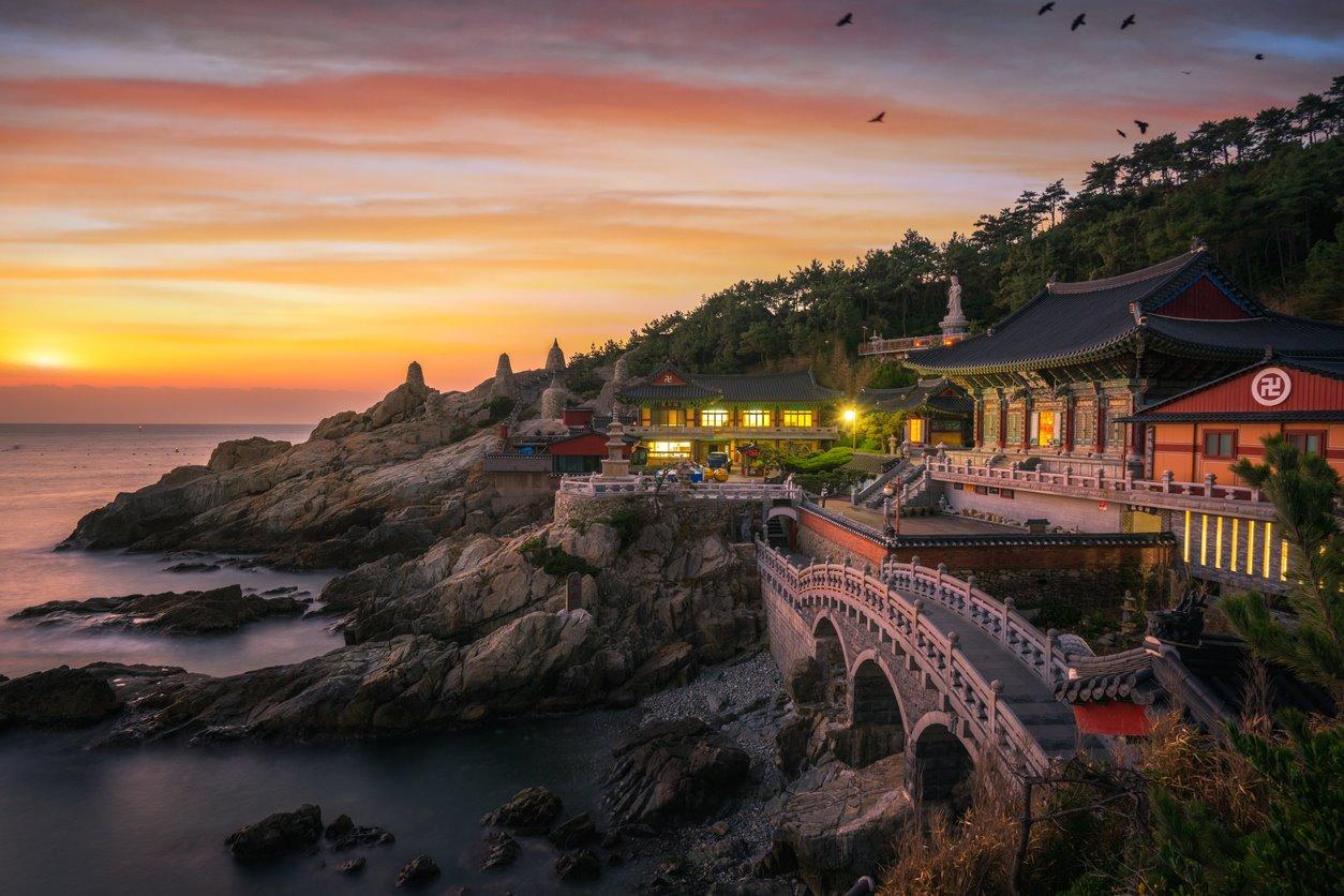 Haedong Yonggungsa Temple, Busan...