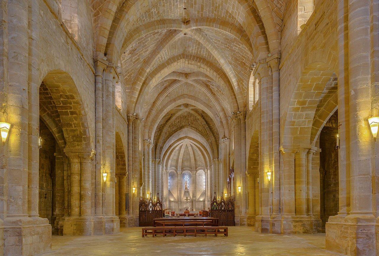 Monasterio de la Oliva, Carcastillo, Navarra, España, 2015-01-06, DD 10-12 HDR. La alternativa monástica