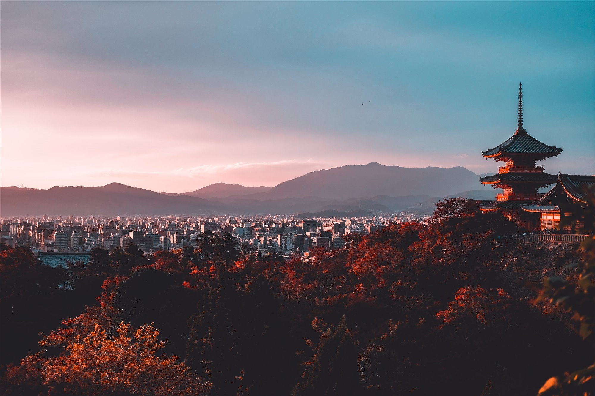 Kioto utiliza la inteligencia artificial para evitar el turismo de masas