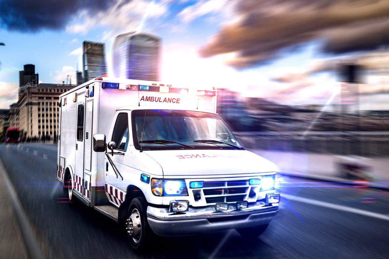 iStock-673209194. ¿Qué pasará con la tarjeta sanitaria y las emergencias médicas?