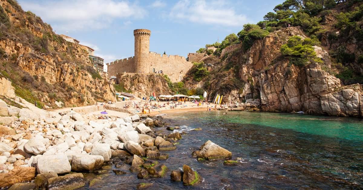Tossa de Mar cala y castillo