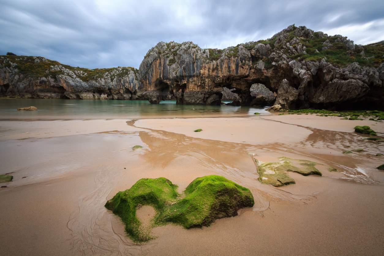 Cuevas de del Mar